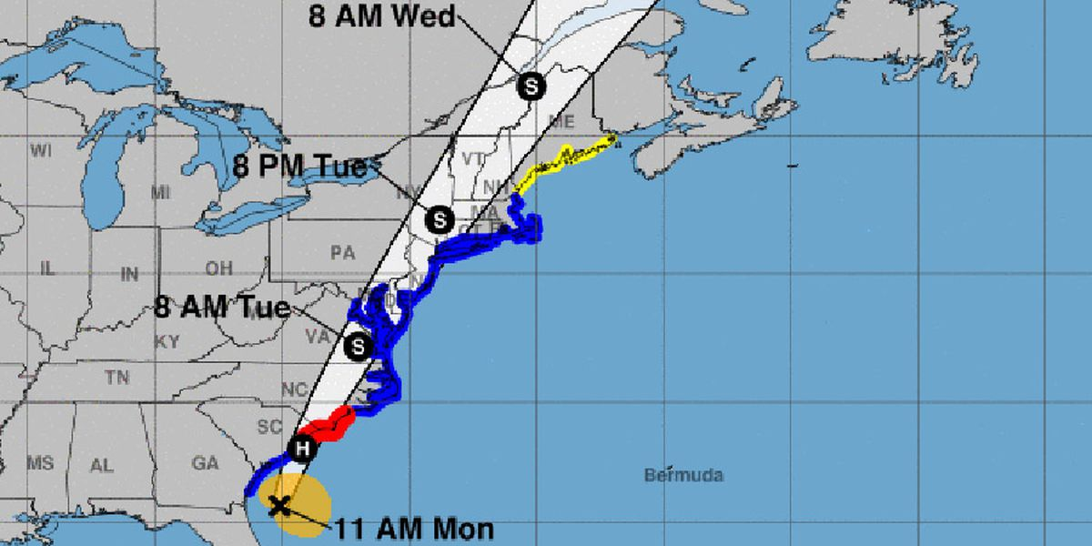 Shops closed, beaches deserted as Isaias nears the Carolinas