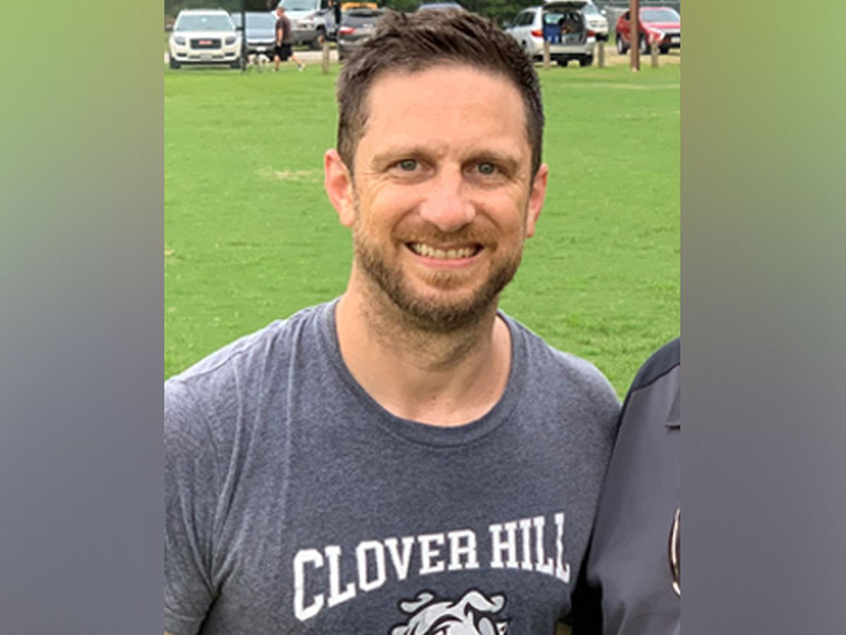 Clover Hill Bulldogs coach wins 'standout' award from Subway