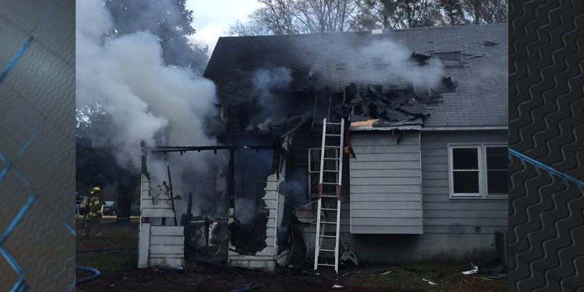 Roof caves in after fully-involved house fire in Henrico