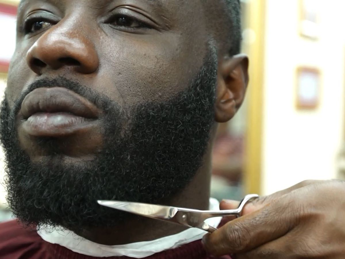 Men with facial hair are more attractive to women than men without it, study says
