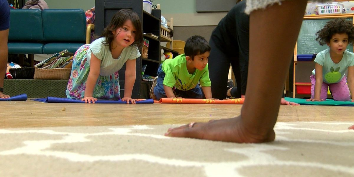 VCU medical students relax by teaching yoga to preschoolers
