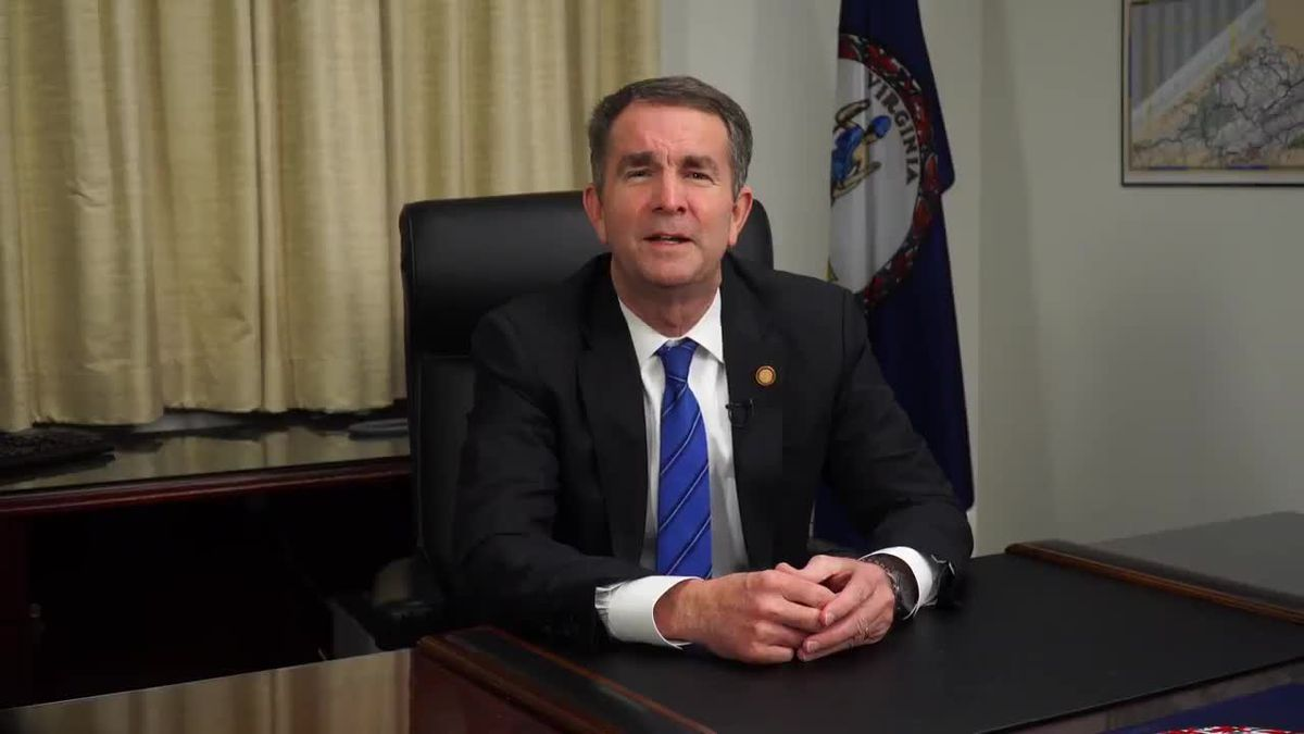Poll: 48 percent say Northam should stay in office