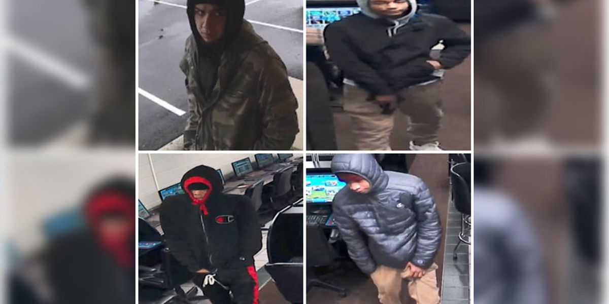 Petersburg police searching for suspects involved in armed robbery