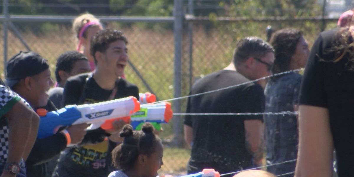 VCU alumni attempt to break water gun fight world record