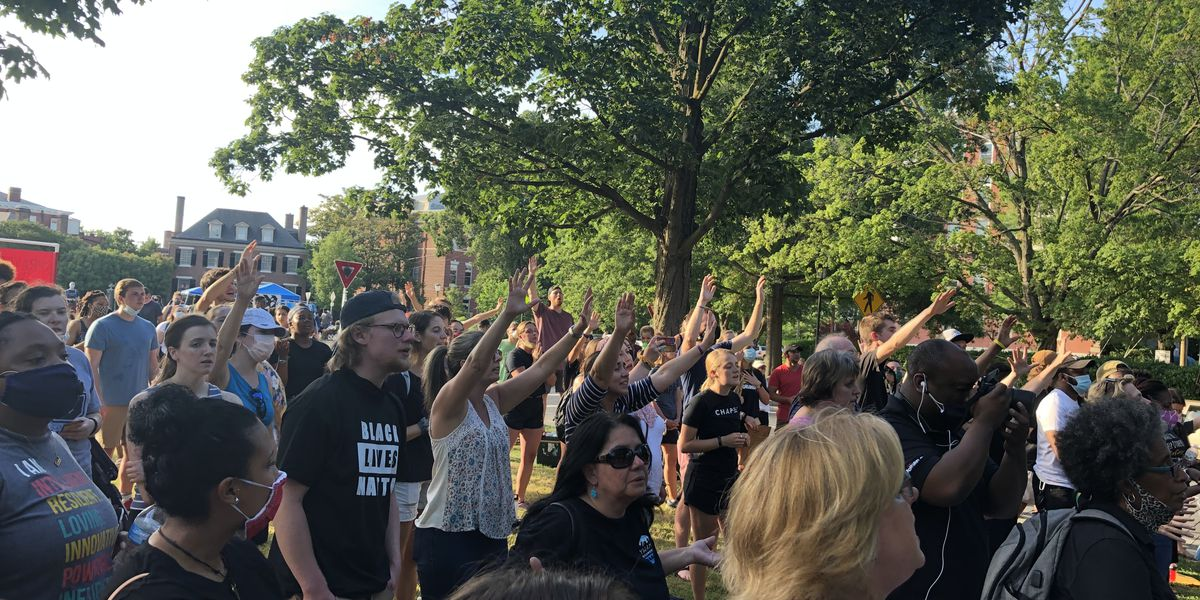 Some Richmond protesters use music, faith to promote their message