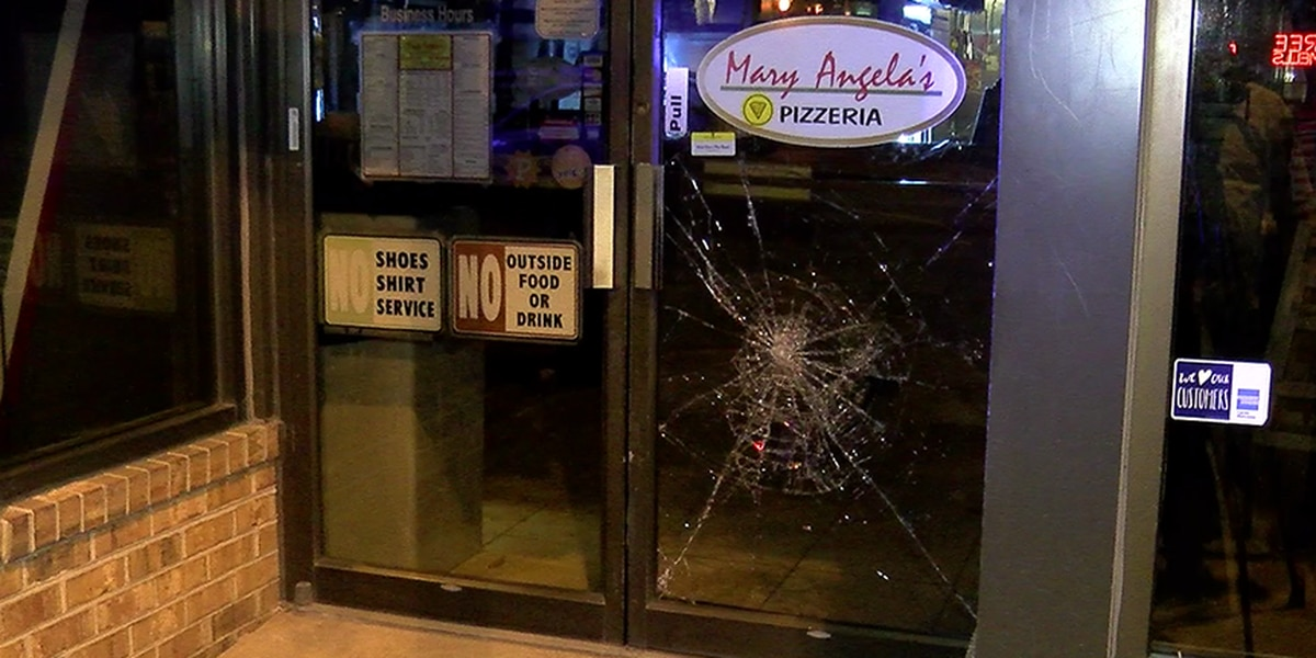 Windows smashed at Carytown pizza restaurant