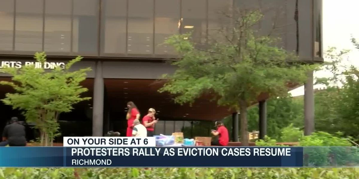 Group rallies at courthouse to delay eviction proceedings