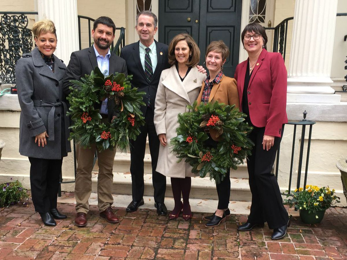 Christmas tree and wreath delivered to Governor's Mansion