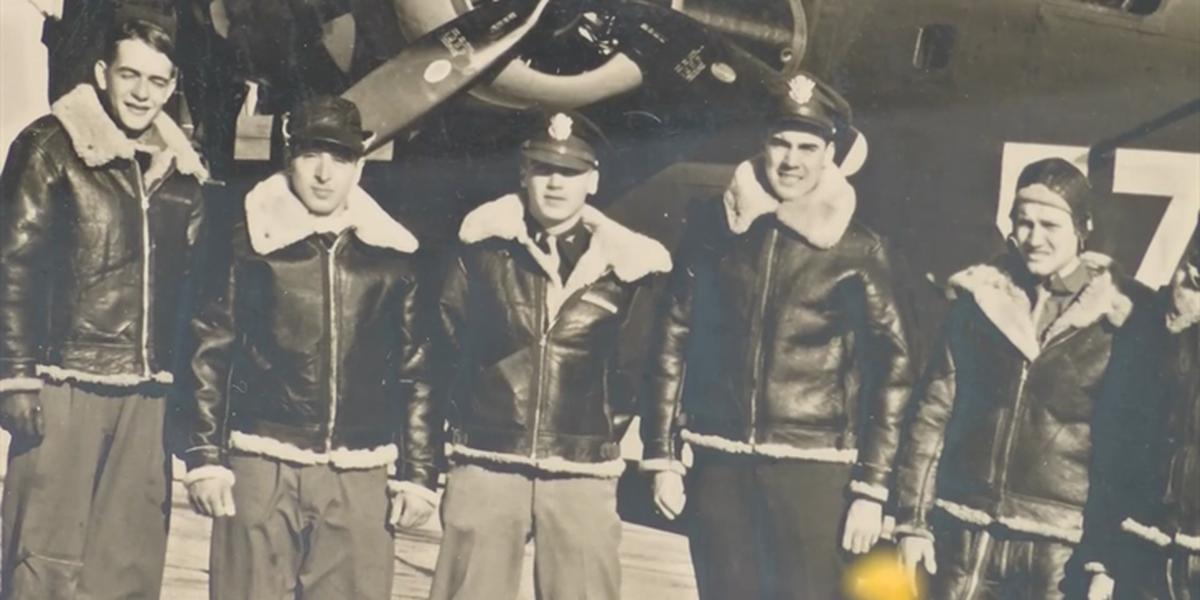 Air show reunites WWII pilot with B-24