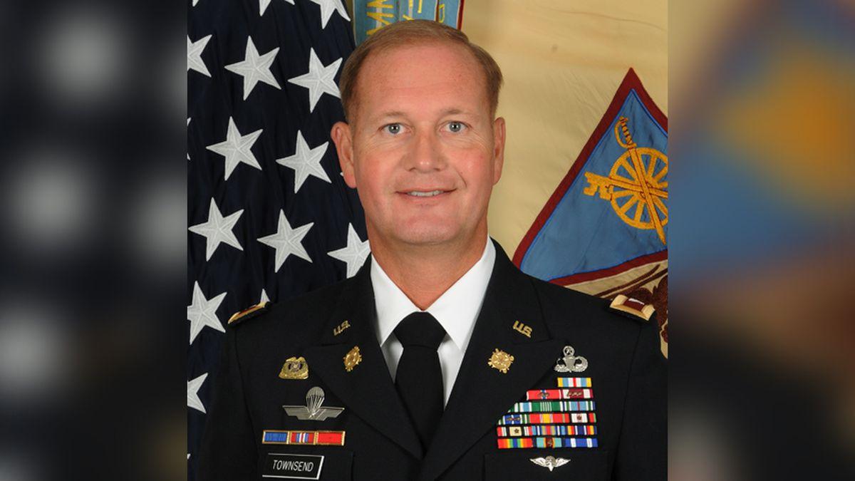 Fort Lee officer dies while helping stranded motorist