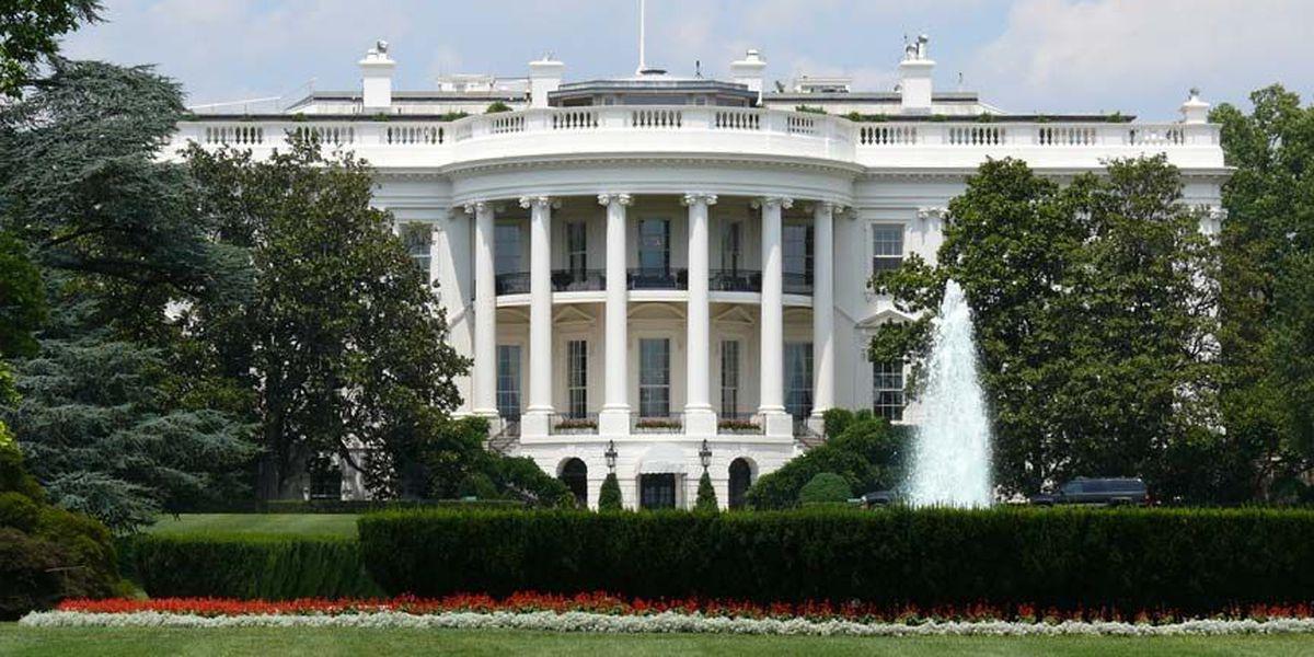 President Obama commutes sentences of dozens of cocaine dealers, 2 from VA