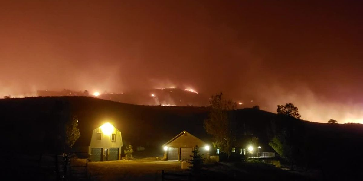 Colo. man protects home from wildfire with garden hose