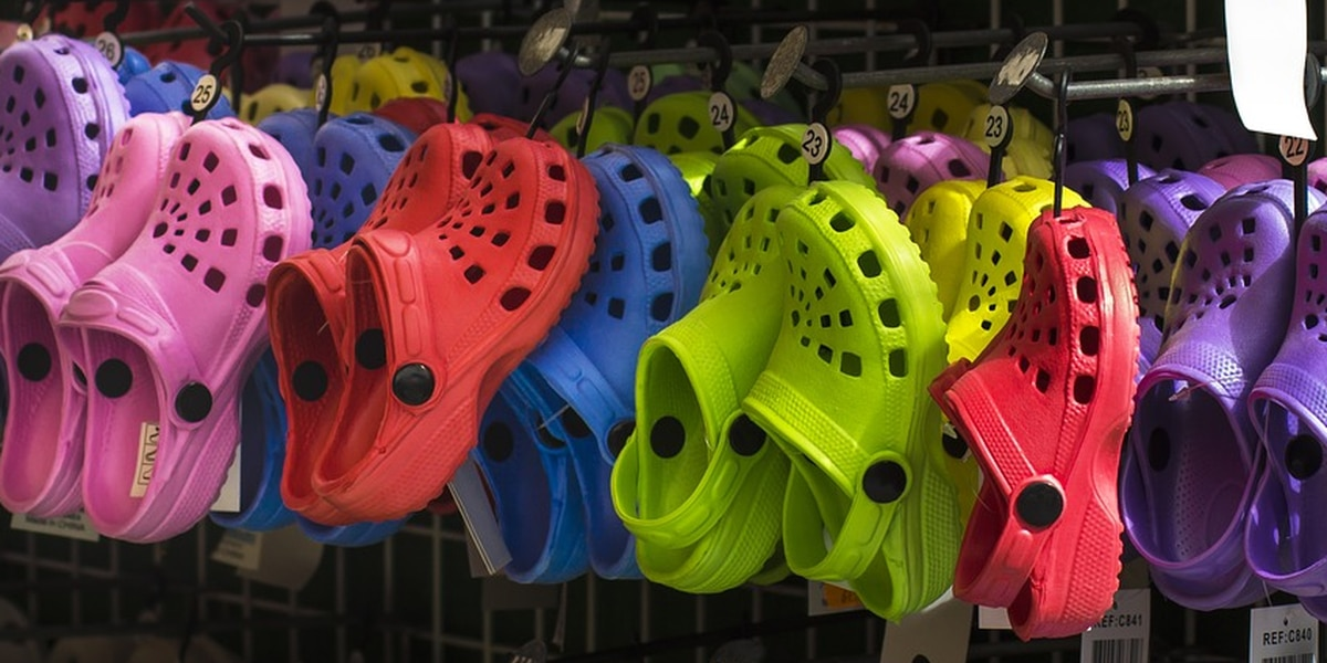 Crocs donating 50,000 pairs of shoes to healthcare workers