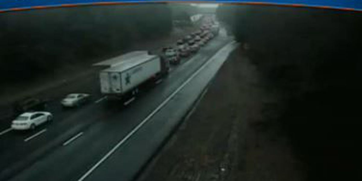 TRAFFIC ALERT: Major backups on I-95, just south of Doswell