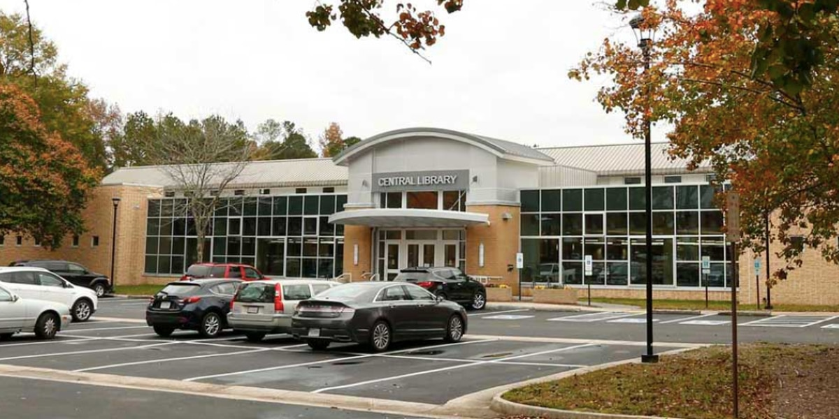 Chesterfield opening libraries as warming, power locations