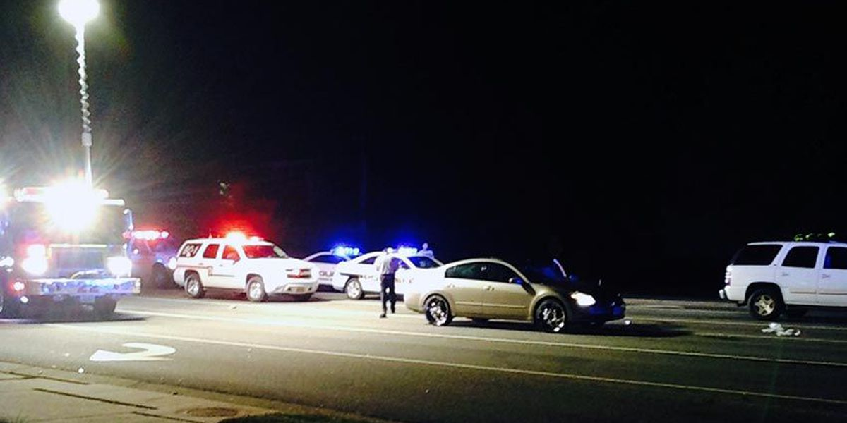 Pedestrian struck by car at busy Henrico intersection