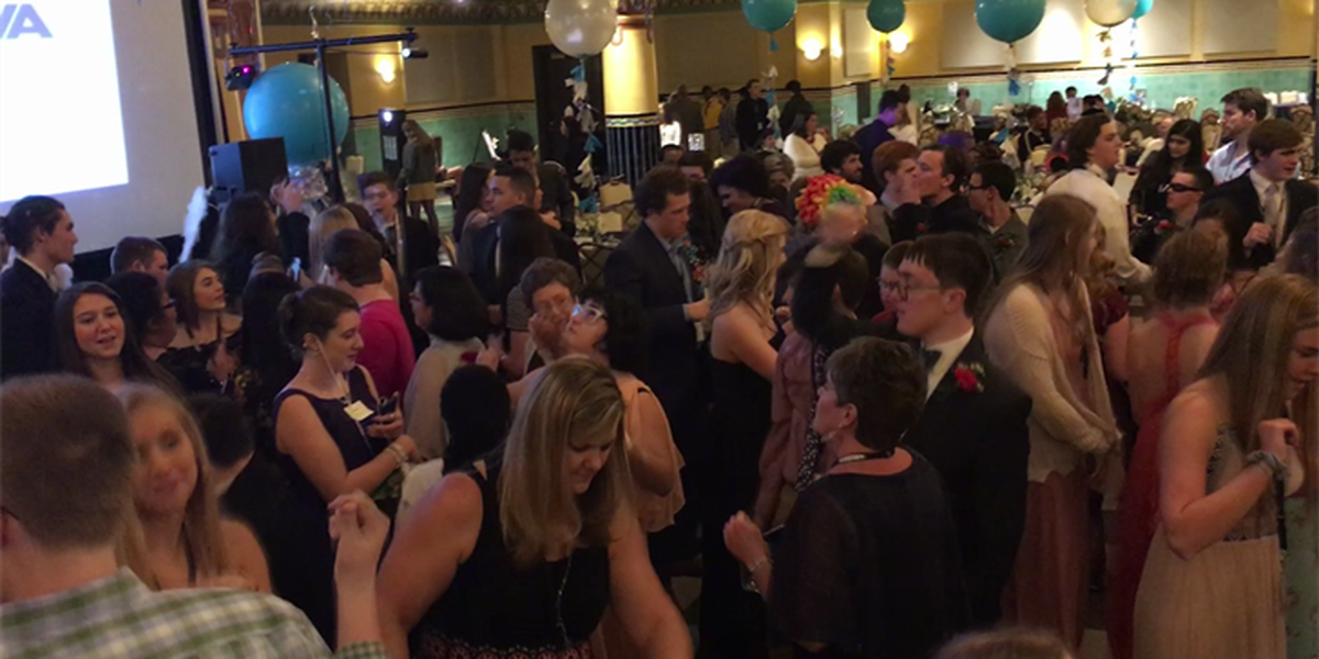 Community celebrates 'A Night to Shine'