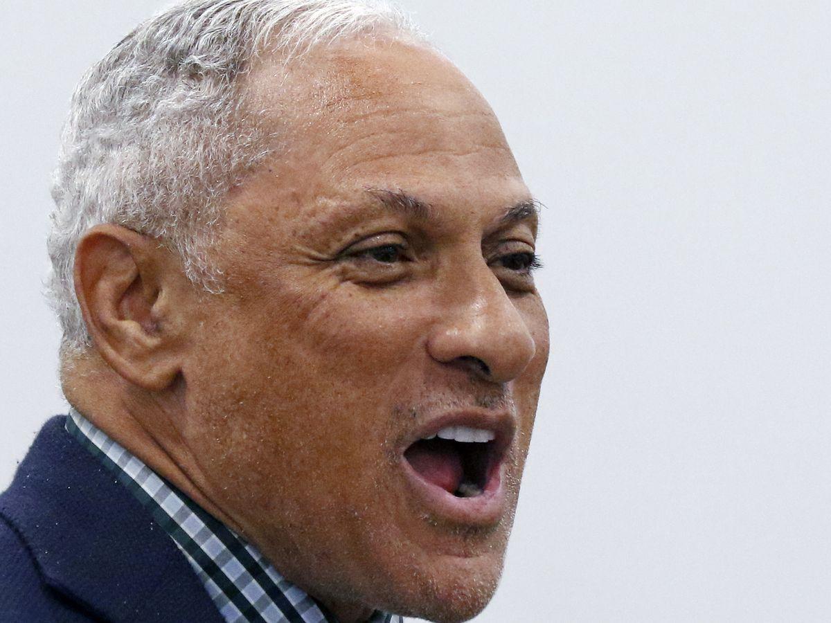GOP senator should explain 'hanging' remark, challenger says