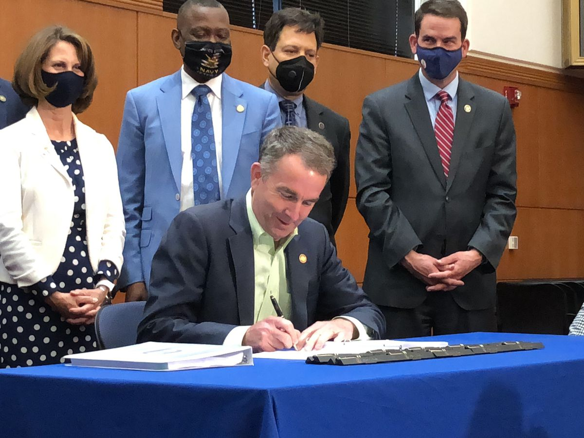 Northam to sign legislation expanding state financial aid