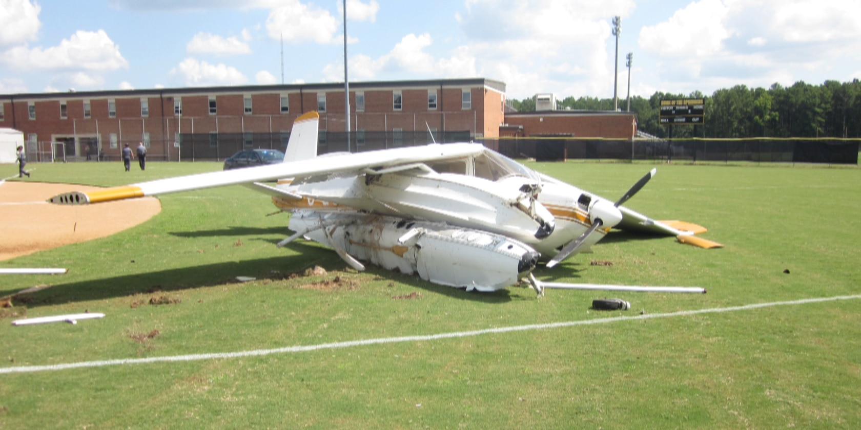 'I just crashed': FAA releases transmissions of Henrico plane crash on baseball field