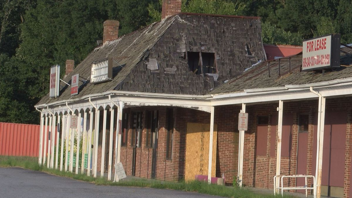 Hopewell City Council votes to burn down 'Colonial Corner' shopping center