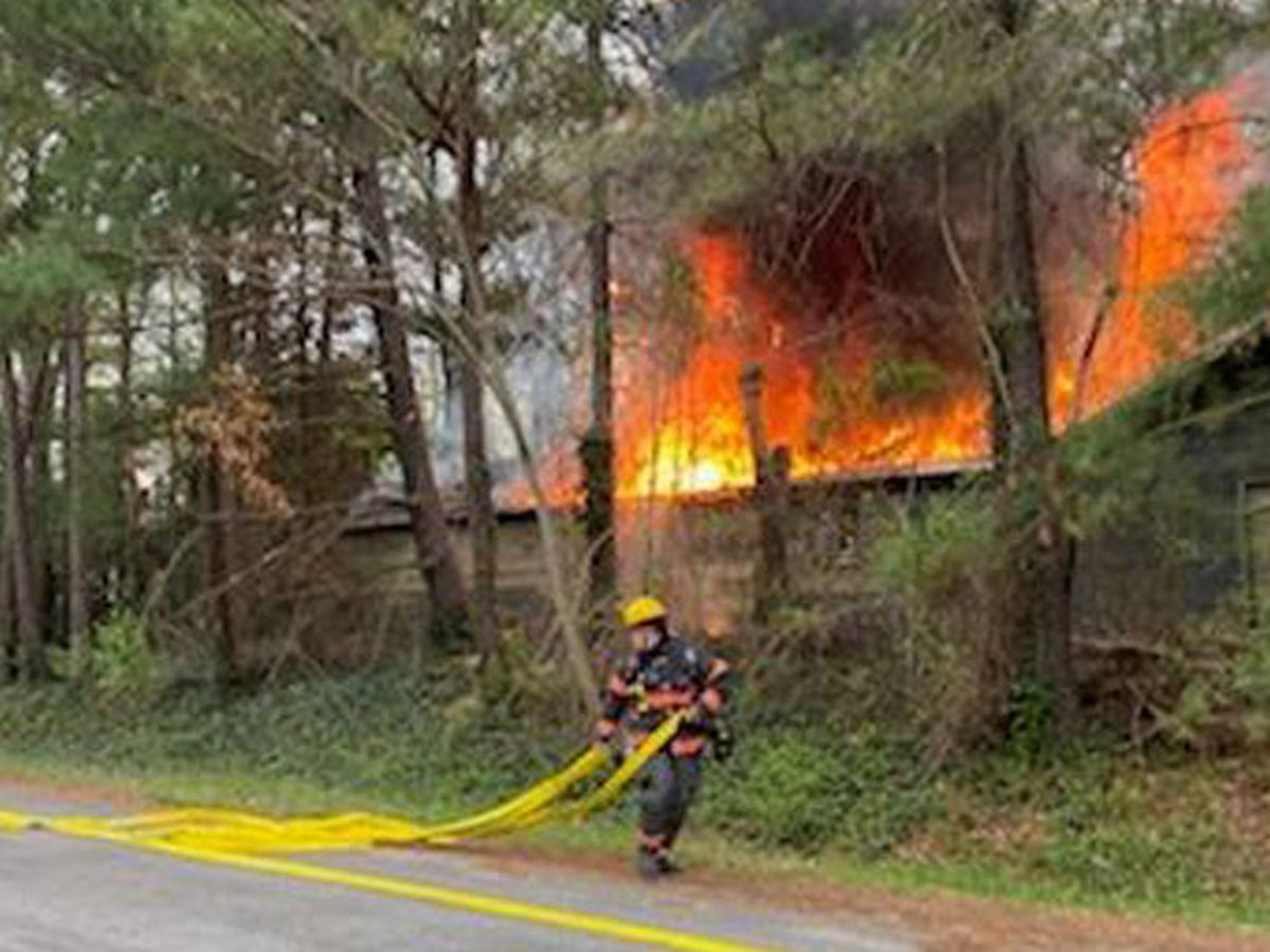 Hanover County crews respond to workshop, garage fire