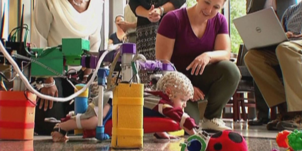 VCU professor creates device to help babies learn to crawl