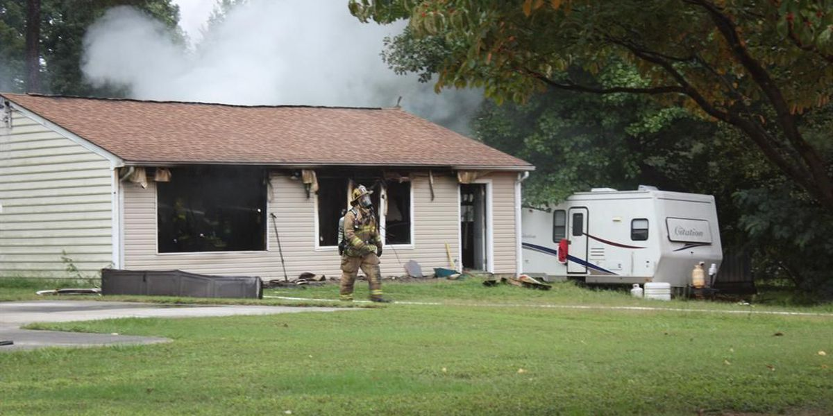 1 person displaced after blaze breaks out at Chesterfield home