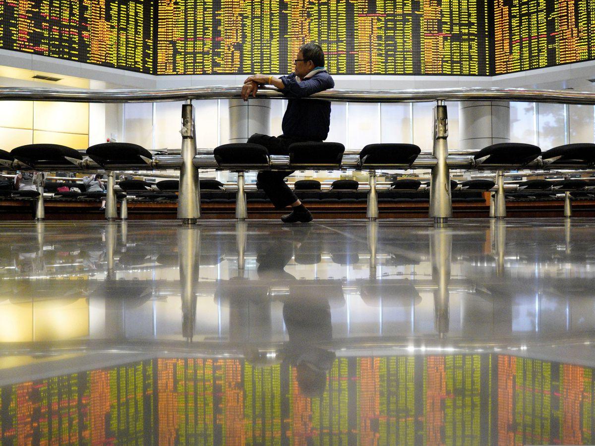 Asian shares advance following strong Wall Street finish