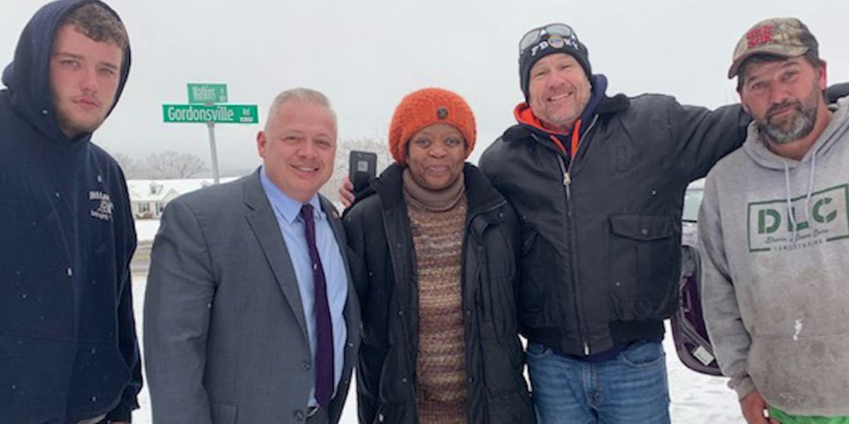 Congressman Denver Riggleman helps car that slid into a ditch during snowstorm