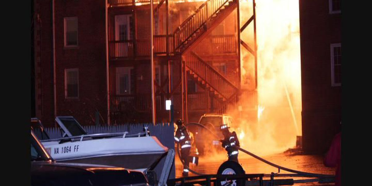 13 families displaced after apartment building blaze