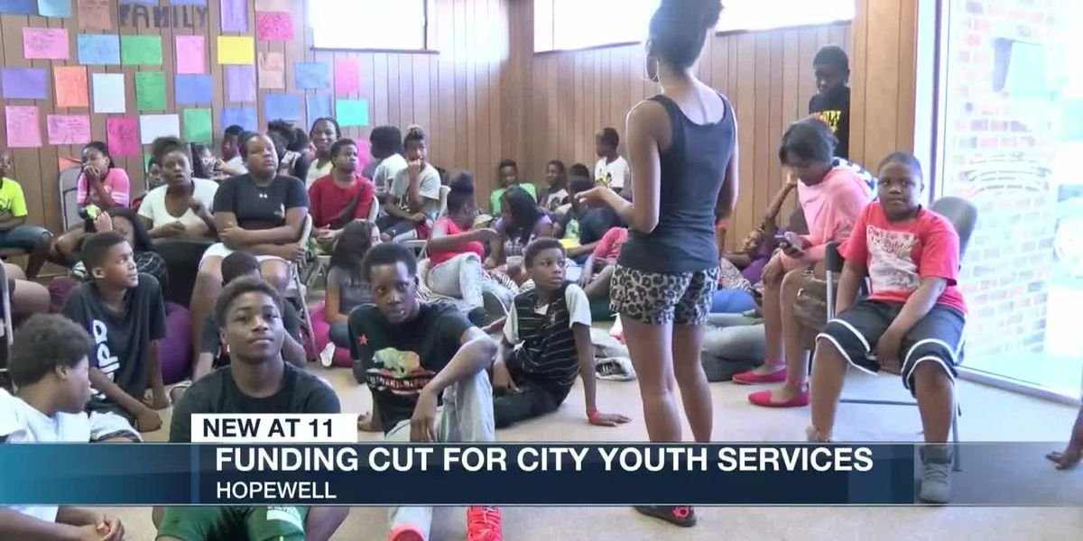 Funding cut for city youth services