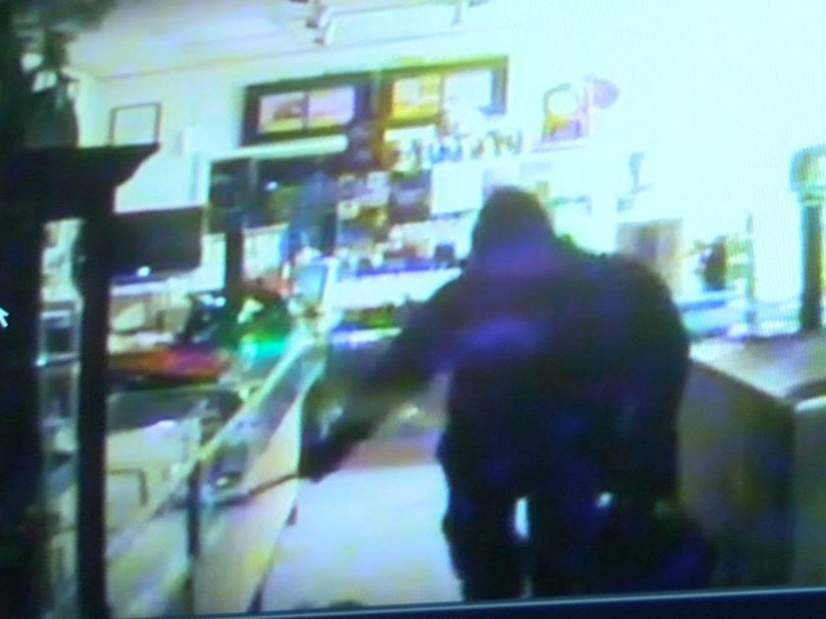 'I hope you burn in hell,' Ashland jewelry store owner says to burglar