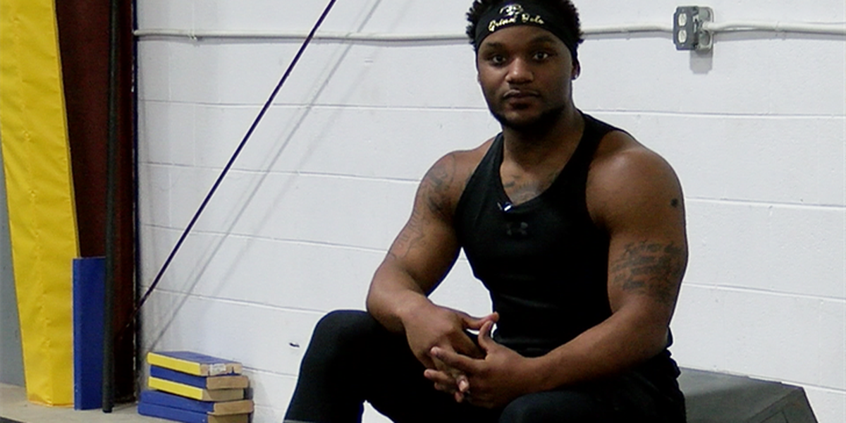 Homeless to American Ninja Warrior? Man's passion pays off