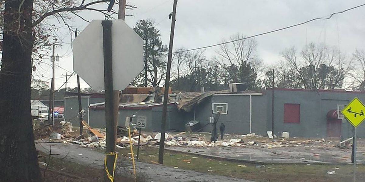 Where to donate to the tornado victims
