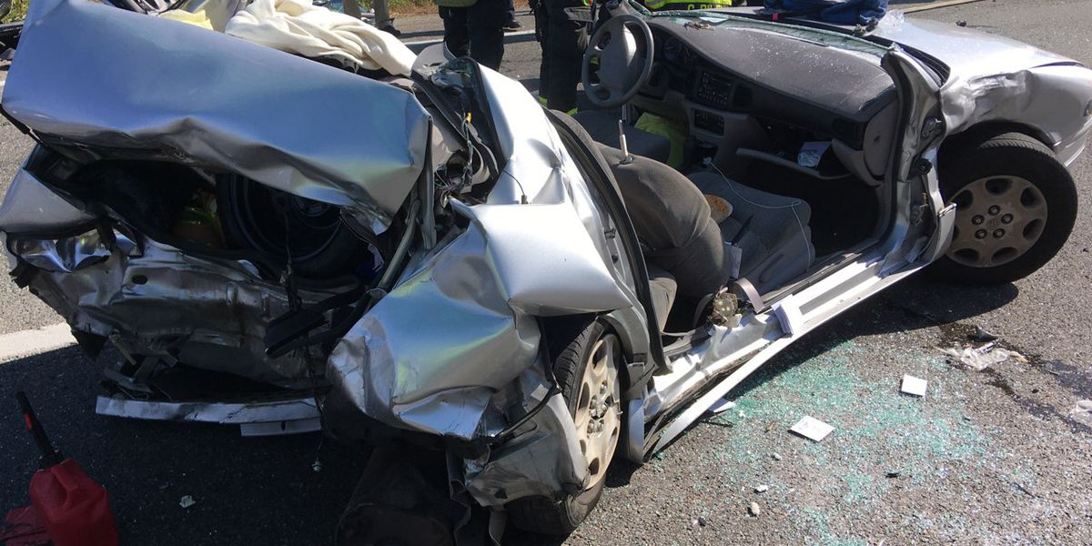 4 injured in three-vehicle crash on I-64