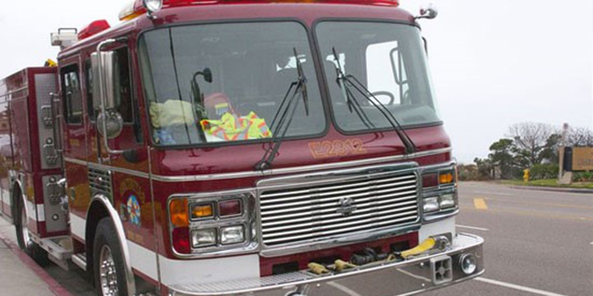 Naked Florida man starts house fire after baking cookies on George Foreman grill