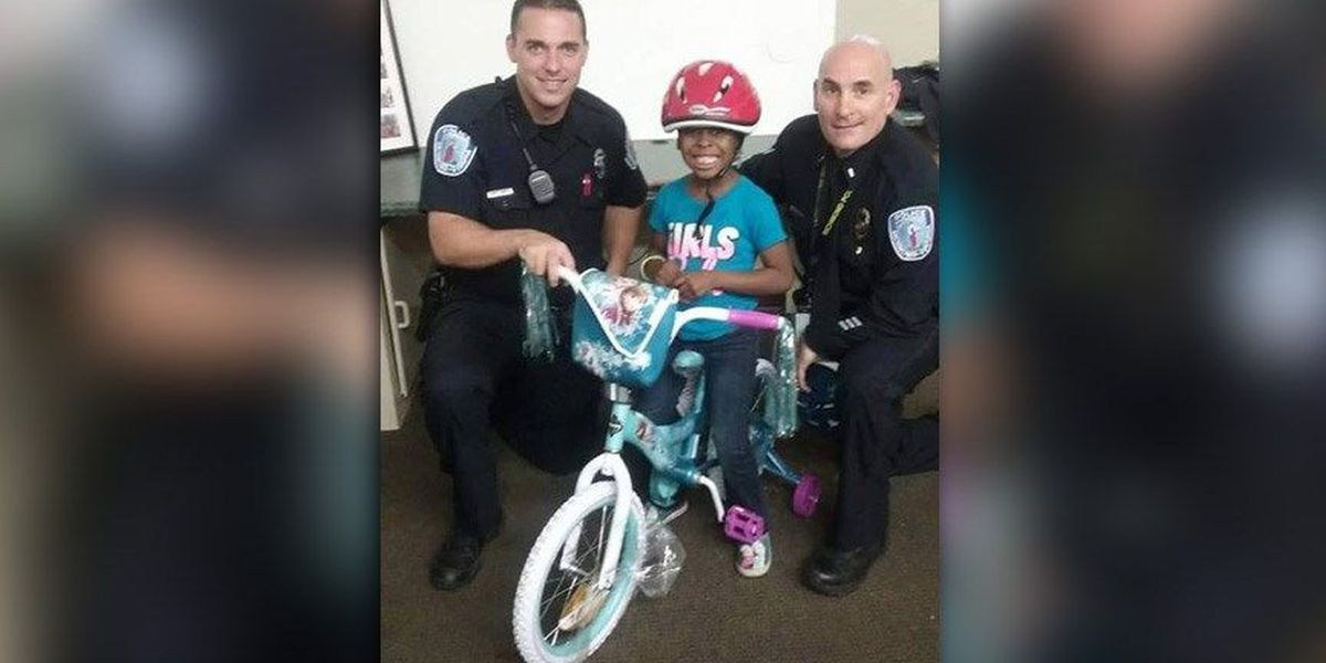 Richmond child receives new bike from police