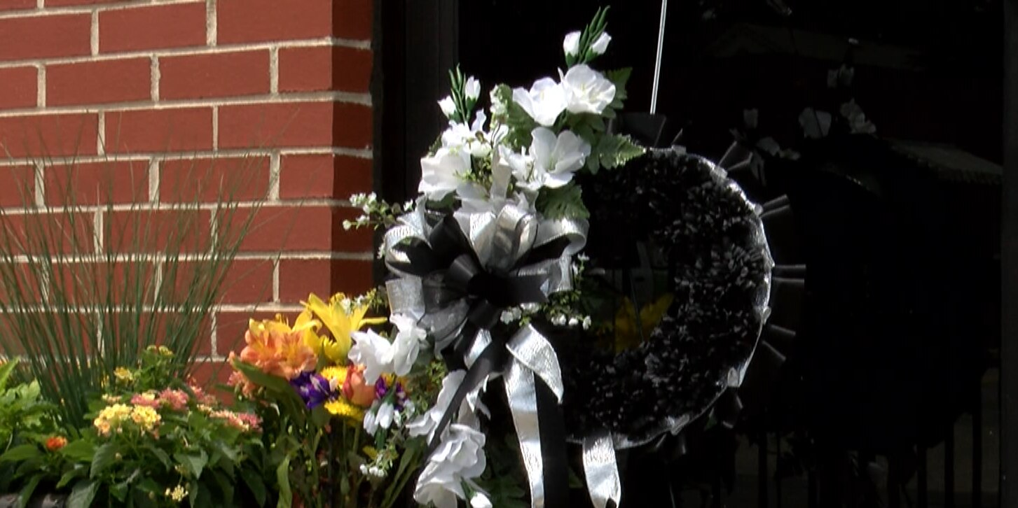 'Prayer is powerful': Community mourns loss of church members