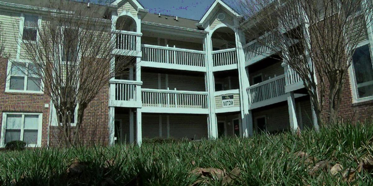Midlothian apartment complex lets renter void lease