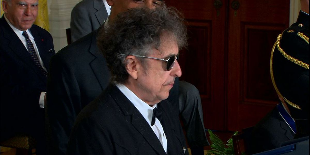 Dylan puts out 17-minute ode to Kennedy