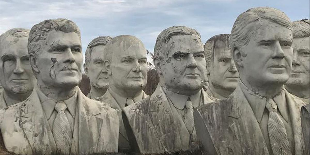 Abandoned presidential statues in Williamsburg attract tourists from around the world