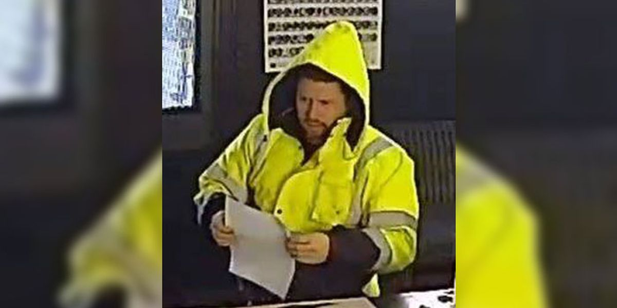 Police: Man used stolen credit cards at Chesterfield businesses