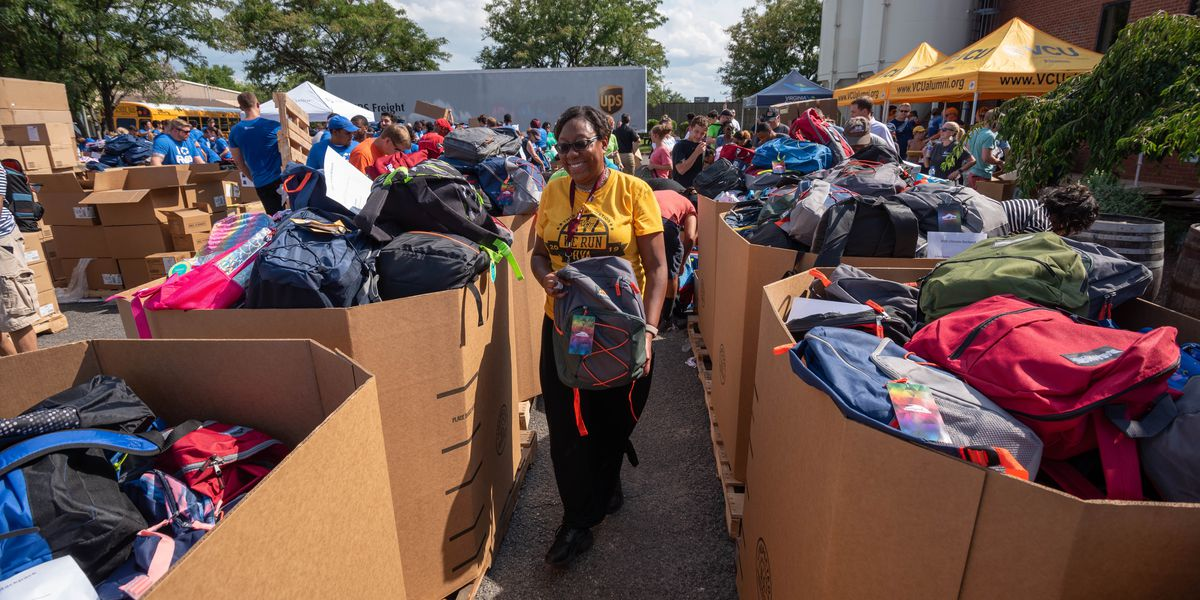 'Ultimate Backpack' program collects 14,063 backpacks in 5 hours