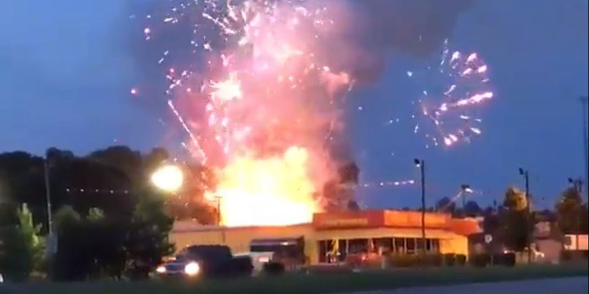 Officials determine person set fire outside of SC fireworks shop