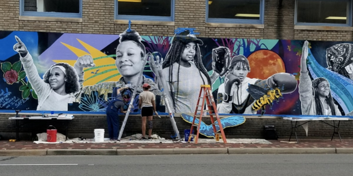 Ninth-grade RPS student helps design downtown mural