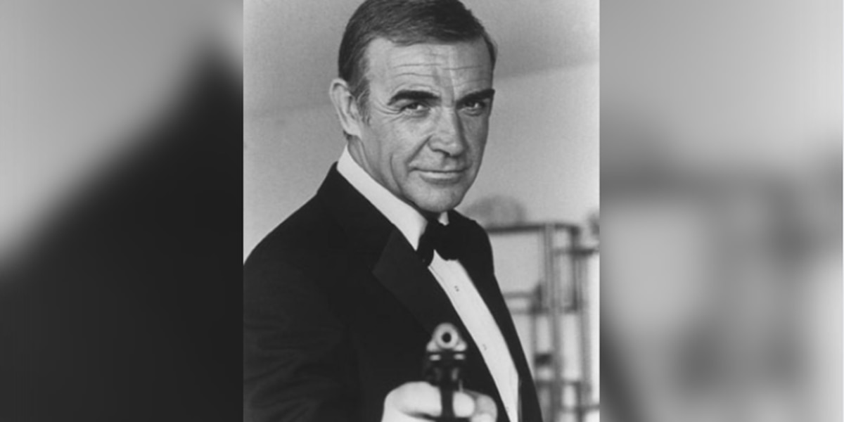 Sean Connery, best known for James Bond role, dies at 90