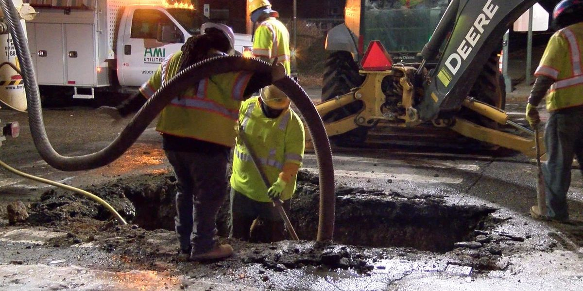 Crews respond to several water main breaks in Richmond