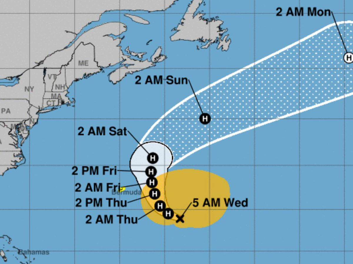 Hurricane Epsilon rapidly strengthens into Category 3 storm
