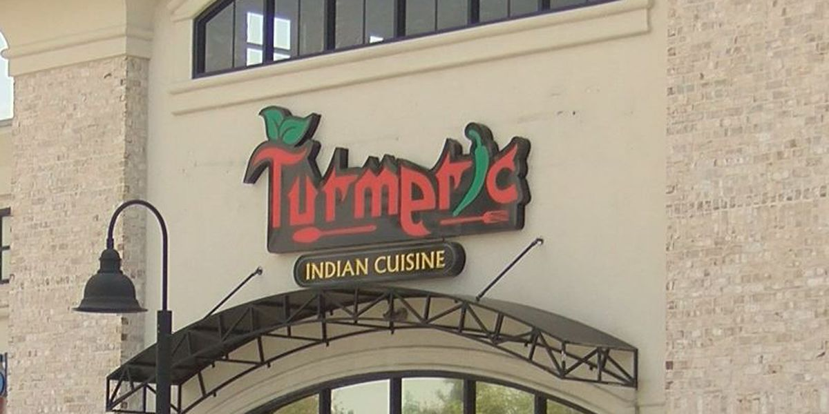 Restaurant says it fixed issues after roaches spotted near water heater